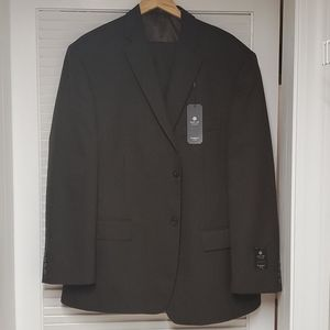 BRAND NEW Men's 2 piece suit set